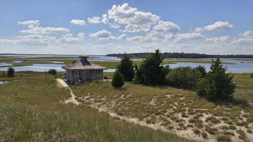 Sands Island, private island, North Carolina