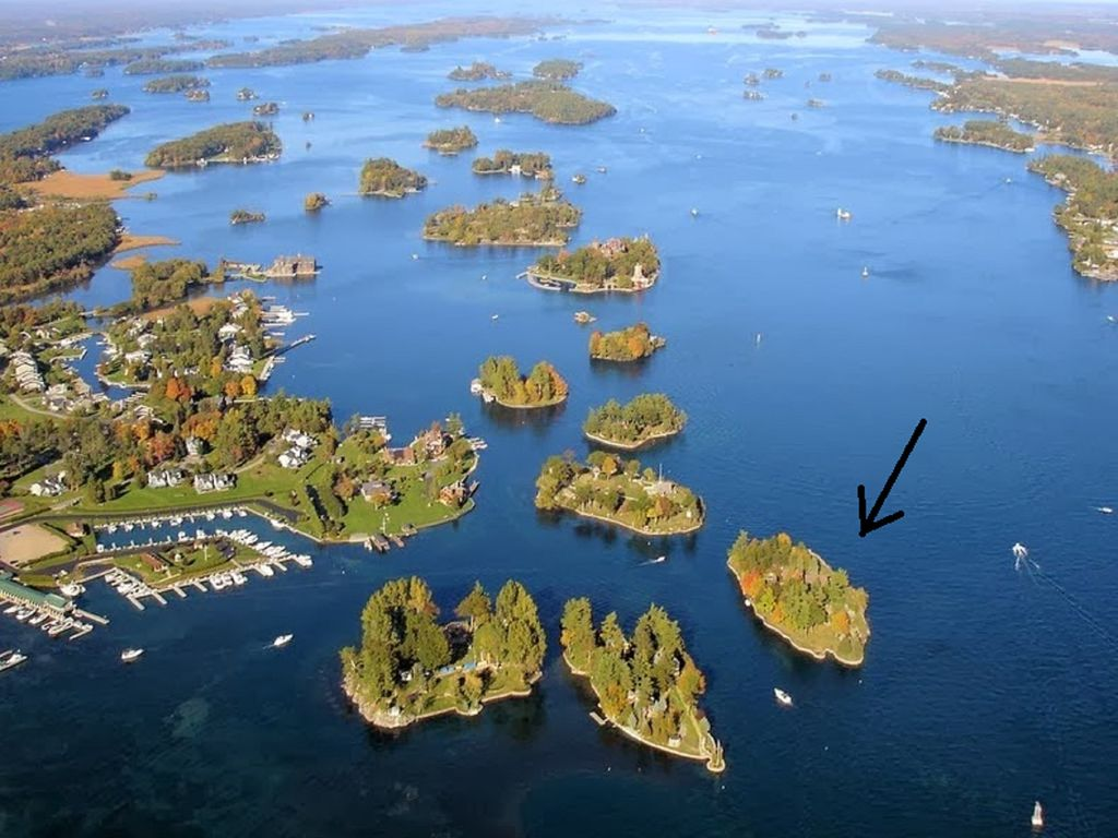 Friendly Island, VRBO private island rentals Thousand Islands, New York