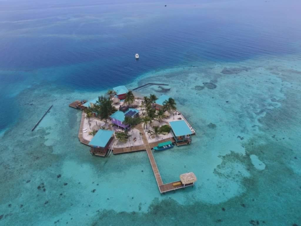 King Lewey's private island in Belize