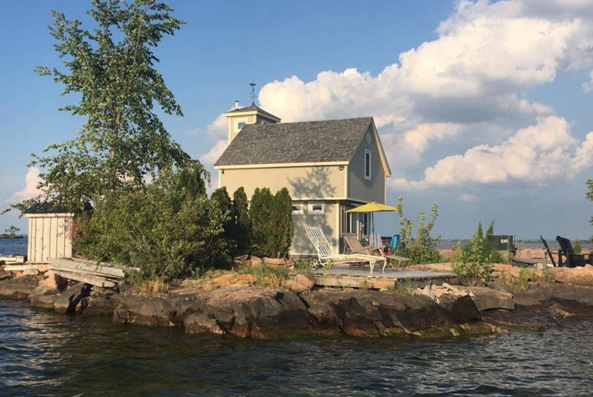 Bobs Island, Ontario: private island rental