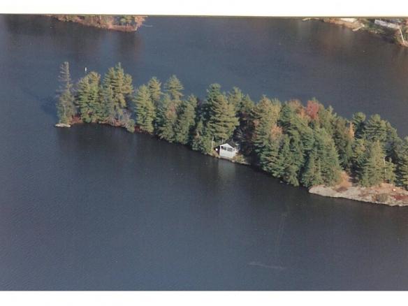 Dogatraz Island, Vermont