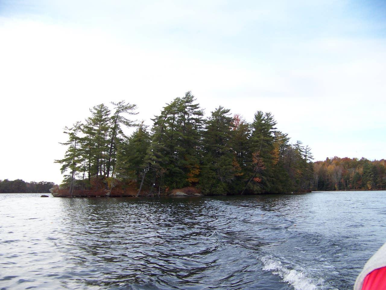 Lake Iroquois cabin, Vermont