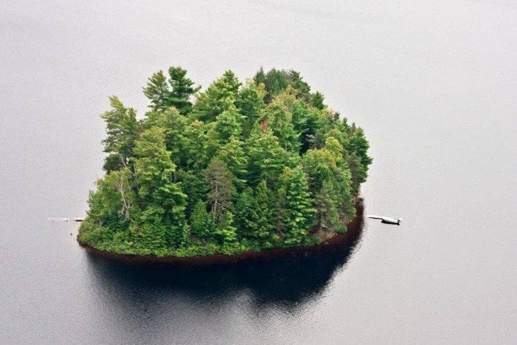 Gent Island, Ontario: private island rental