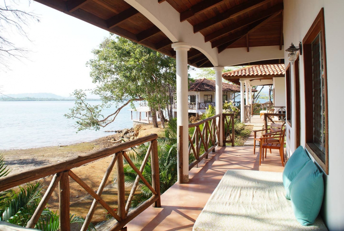 Panama private island rental