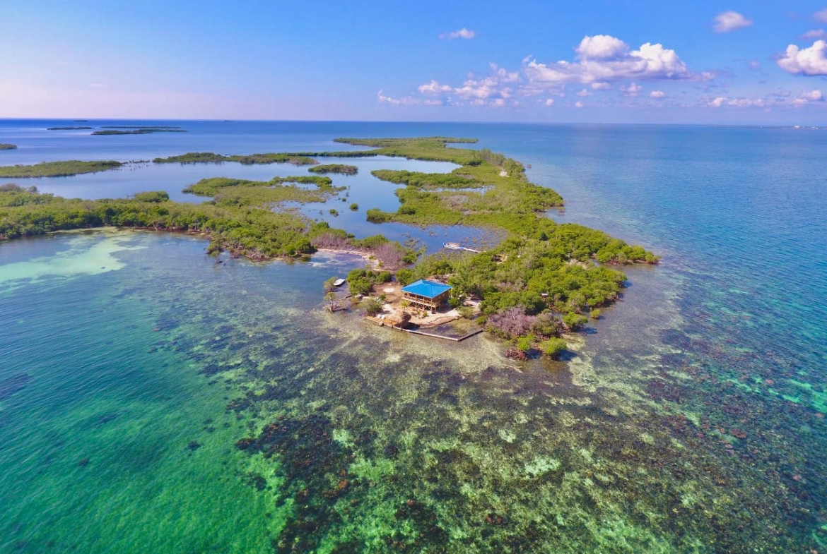Lark Caye, Belize: Private Heaven