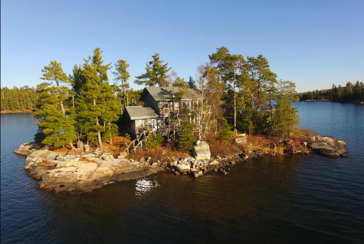 rent a private island Lake of the Woods