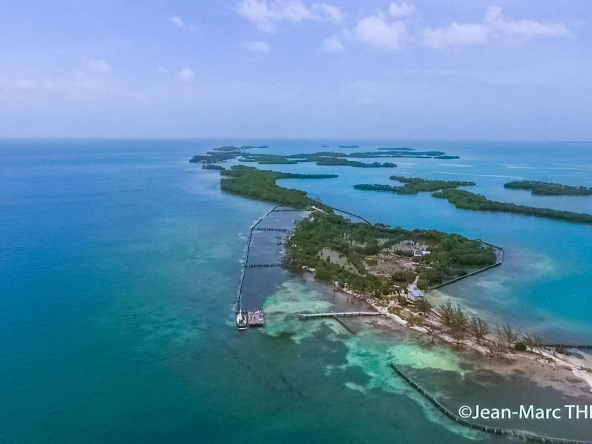 airbnb islands for rent